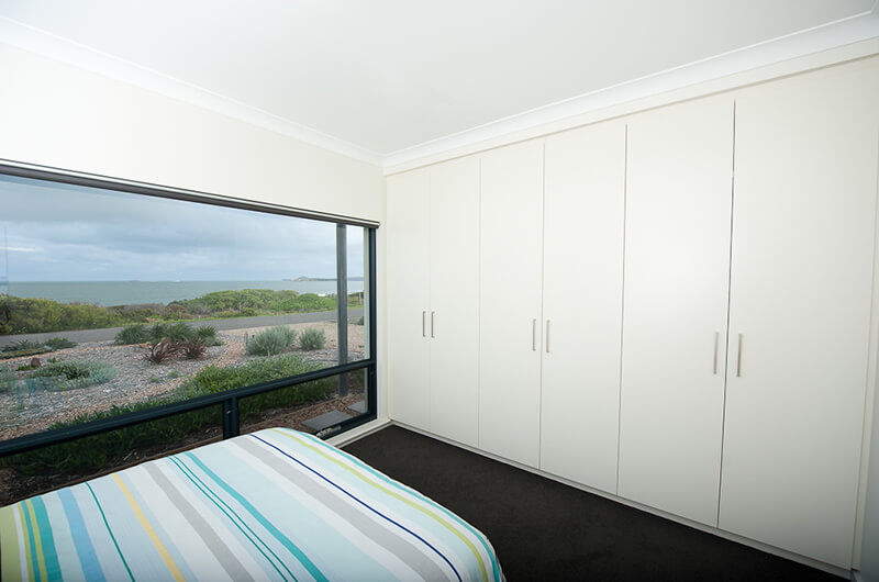 Innovative Kitchens - Adelaide - Victor Harbor - Wardrobes